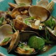 "<!-- AddThis Sharing Buttons above -->This is an easy recipe that combines tasty Manila clams with sweet, slightly crunchy bell peppers and pungent fermented black beans. The quantity is sufficient for 2 as a single […]<!-- AddThis Sharing Buttons below -->                 <div>                     <a class=""addthis_button"" href=""//addthis.com/bookmark.php?v=300"" addthis:url='http://www.momschinesekitchen.com/clams-and-bell-pepper-in-black-bean-sauce/' addthis:title='Clams and Bell Peppers in Black Bean Sauce'>                         <img src=""//cache.addthis.com/cachefly/static/btn/v2/lg-share-en.gif"" width=""125"" height=""16"" alt=""Bookmark and Share"" style=""border:0""/>                     </a>                 </div>"